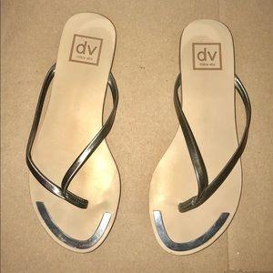 Dolce Vita flip flops size 5 1/2